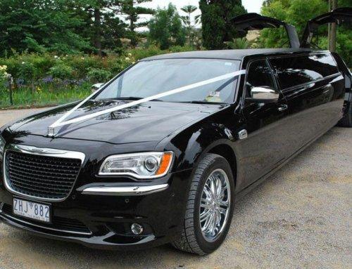 2014 Black Chrysler 300C Limousine